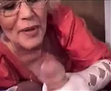 Blond Granny BJ R20